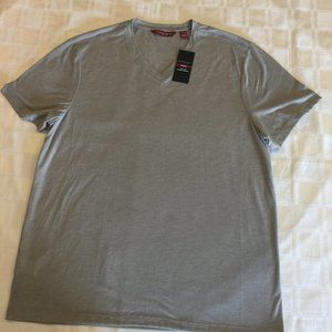 Silver Axist Men's V-Neck Shirt